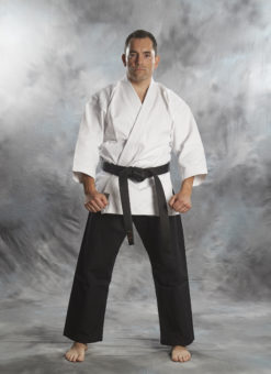 kenpo Gi bujin shiro kuro 14oz de color blanco